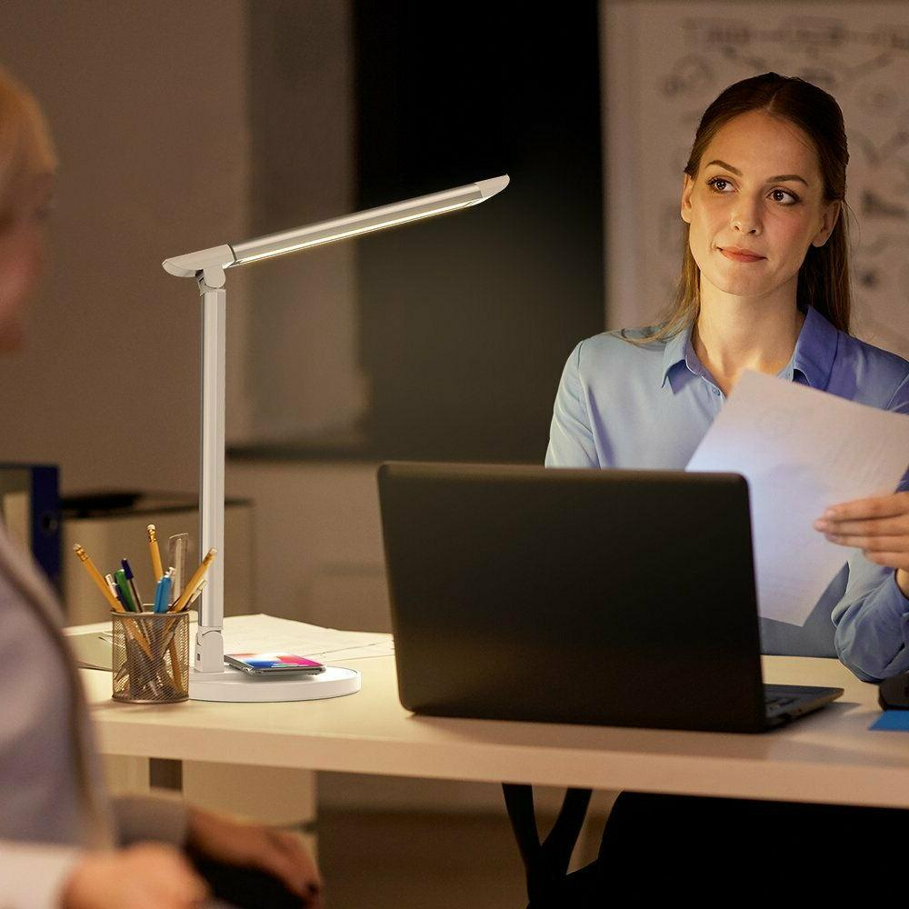 Taotronics 10w Led Desk Lamp With Wireless Charger