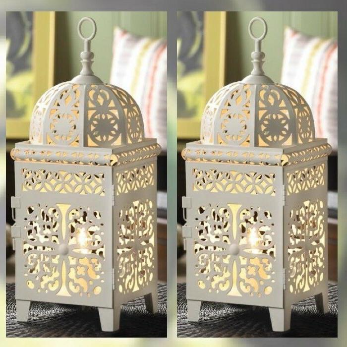 Bedroom Table Lamp Bed w/ Intricate Pattern