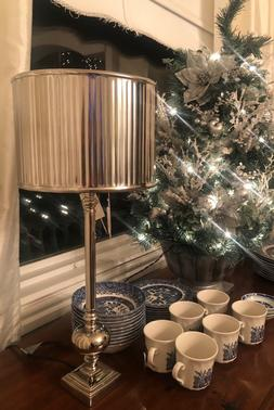 Light and Living Veronica table lamp nickel finish with meta